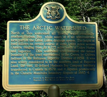The Arctic watershed plaque